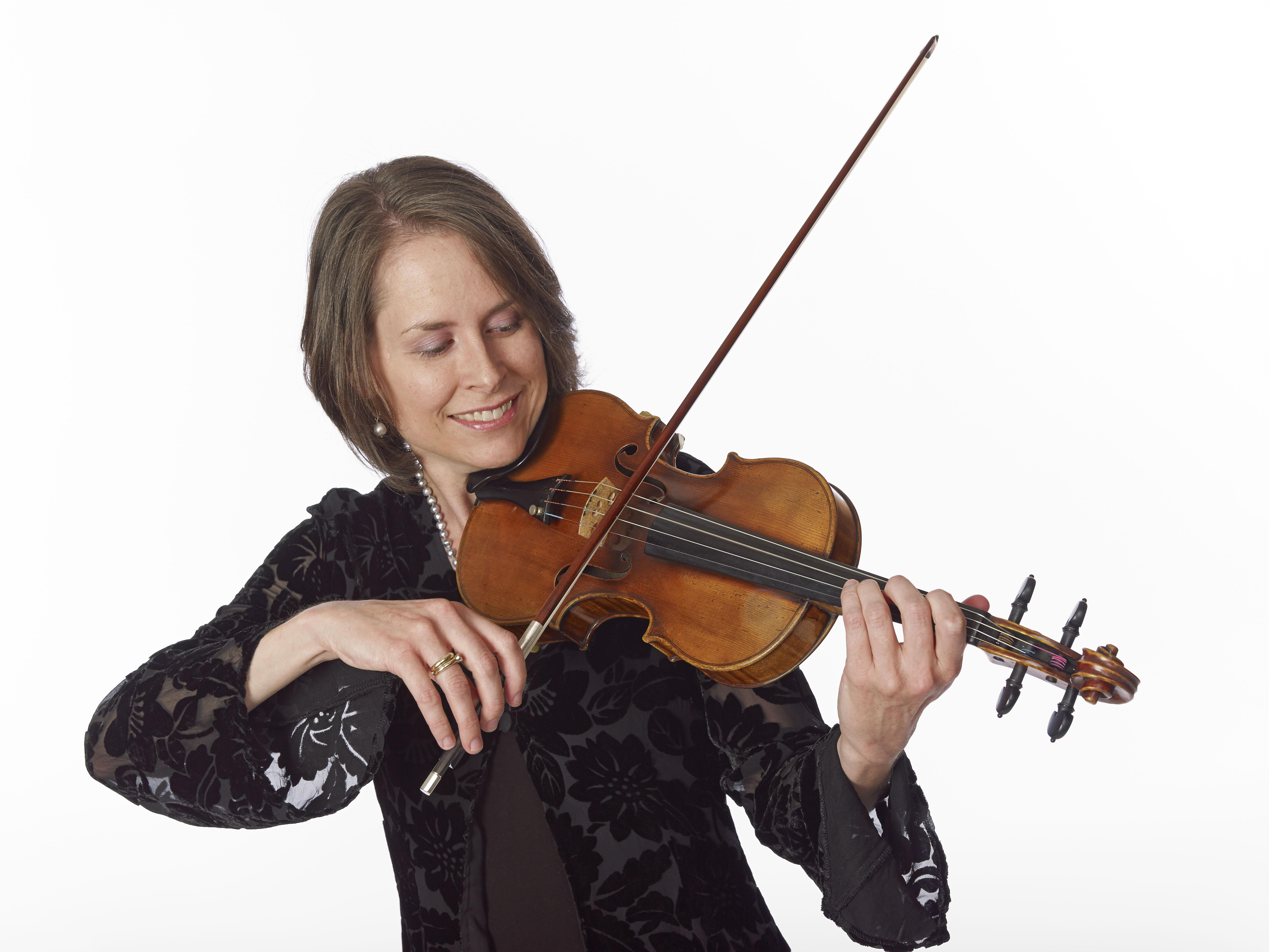 Amy Glidden : Associate concertmaster